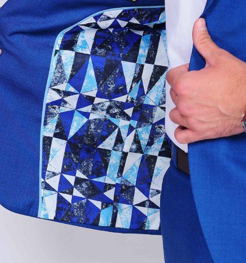 Anzug hellblau mit Innenfutter